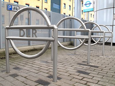 DLR Satin Polished Stainless Steel Cycle Stand