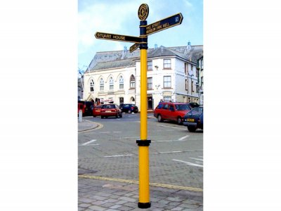 Doric Fingerpost, FFT4 Tablet Finial with Solid Centre