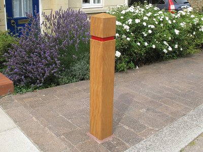 ESG125/200 Epping hardwood timber bollards with groove & tape