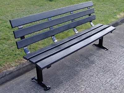 LAM 602 BP Lambeth seat with black recycled plastic slats (no arms)