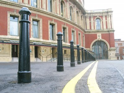 CTB930 AR Canterbury cast aluminium removable bollards in F1 sockets