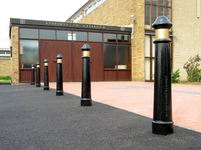 CTB930 Canterbury cast iron bollards