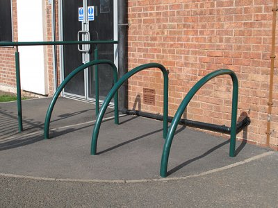 FIN480 PL Fin root fixed plastic coated steel cycle stands