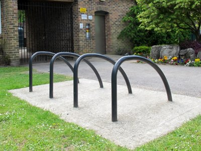 FIN600 PL Fin root fixed plastic coated steel cycle stands