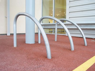 FIN600 Fin galvanised steel cycle stands