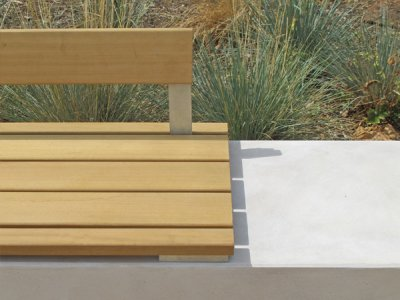 Detail of Fortis plinth, seat platform and low backrest