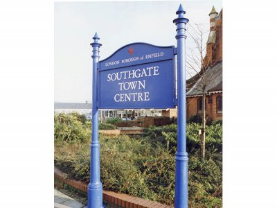 Furnitubes Information Board, Kingston Column, FFL2 Lancer Finials, Southgate