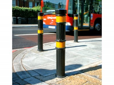 TRL900 Transport polyurethane bollards