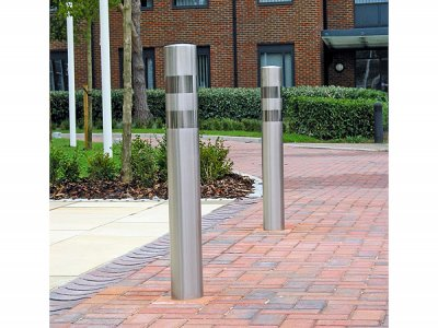 ZEN721 Zenith Banded bollard, satin polished stainless steel with bright polished bands