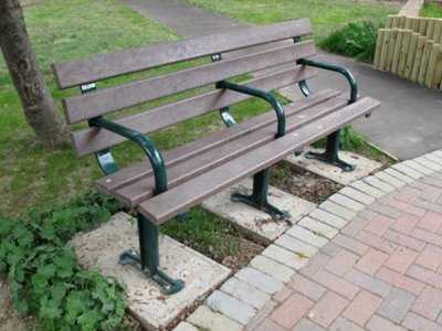 LAM 633 BP Lambeth seat PPC standards with brown recycled plastic slats (3 legs, 3 arms)