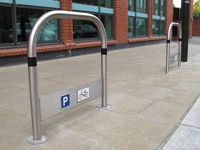 TRL600 S TP BLK Transport stainless steel cycle stands