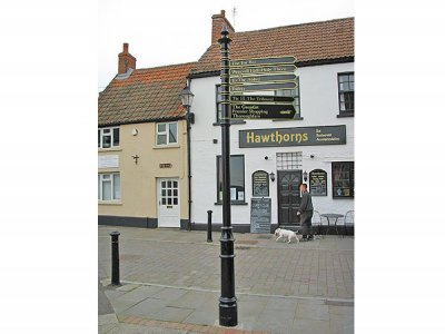 Westminster Fingerpost, FFL2 Lancer Finial