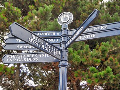 Westminster Fingerpost, FFT4 Tablet Finial with Crest