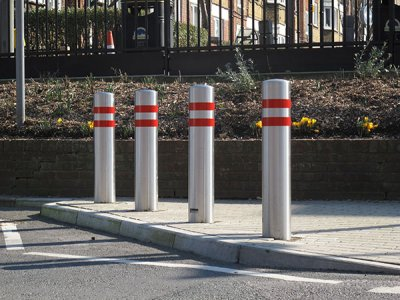 ZEN702 Zenith satin polished stainless steel bollards
