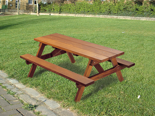 Ploughman Traditional Timber Outdoor Picnic Bench Table - Timber picnic table