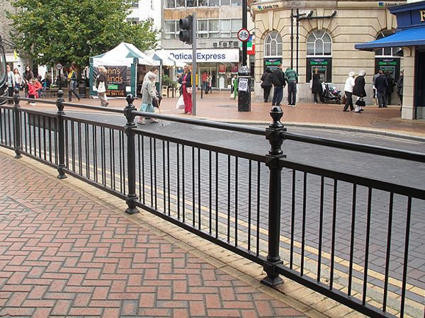 Rochester Cast Iron Railing Posts Traditional